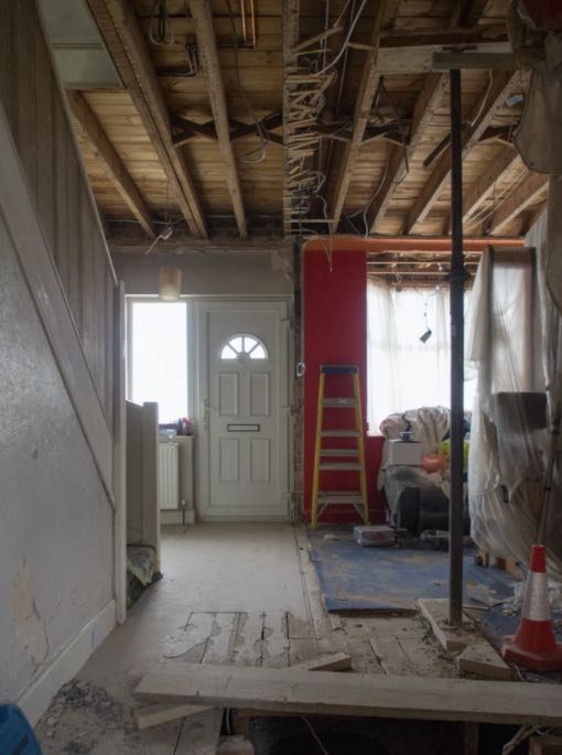 how do i find a reputable home builder?