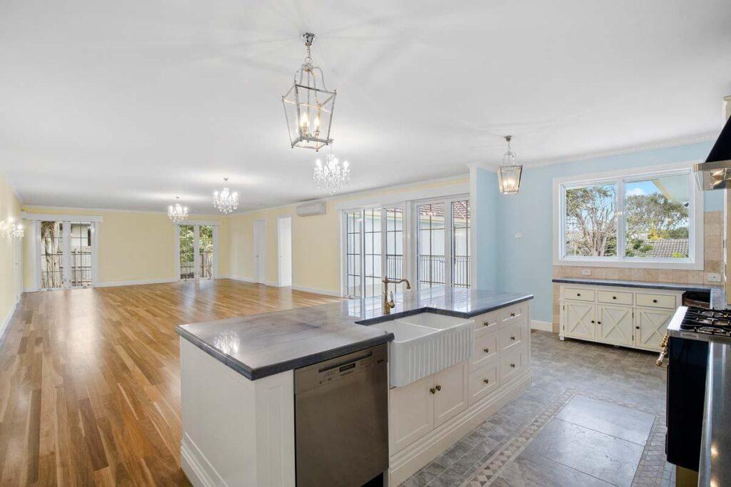 mjs 573 balcombe rd blackrock kitchen and living 04