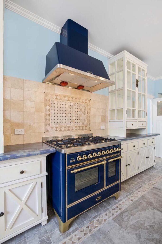 mjs 573 balcombe rd blackrock kitchen oven 08