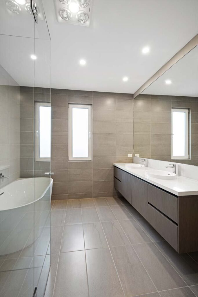 mjs 8 buxton street elsternwick main bath tha 06